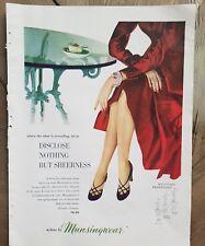 1951 Mujer Munsingwear Nylons las Medias Disclose Nothing But Sheerness Anuncio