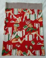 Alexander Henry 2007 Holiday on Ice Pin Up Fabric Hand Made Pillow Case EUC