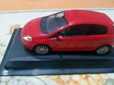 Modellino FIAT GRANDE PUNTO (CARARAMA)  DIE CAST 1.43