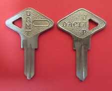 1 Schlüssel Rohling DACIA UAP UAMT Oldtimer Schlüsselrohling