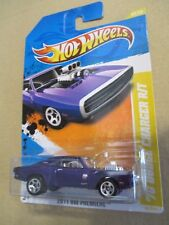 Hot Wheels 1:64 '70 Dodge Charger R/T 42/50 2011 New Models 42/244