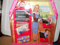 Barbie TEACHER w/ KELLY & TOMMY 2000 Sound NRFB