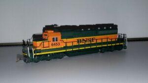 N KATO 176-8203 BNSF Railway SD40-2 Diesel Locomotive Rd #6453 N Scale