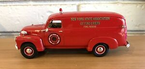 First Gear 1949 Chevrolet Panel Truck 1/34 scale model new in box