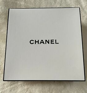 Chanel Box Neu