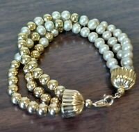 Women's Signed Vtg CROWN TRIFARI Gold Tone & Beige Beaded Multi Strand Bracelet