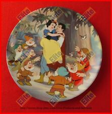 """Snow White and the Seven Dwarfs """"Happy Ending"""" Collectors Plate - MIB"""