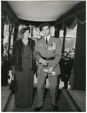 Mariage de Y. de Broglie avec M. de Bourbon Parme  Vintage  Tirage argentique