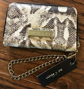 NWT Olivia + Joy Wristlet Wallet Gold-Tone Chain Strap Zip Close