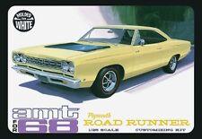 AMT [AMT] 1:25 1968 Plymouth Road Runner Plastic Model Kit AMT821