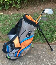MacGREGOR Youth Golf Bag w/ Rain Cover. RH. 7 Iron, 1 Driver. Used, Excel Cond.