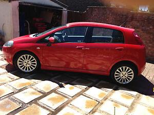 FIAT GRANGE PUNTO 1.4 16 VALVE TURBO T-JET NEAR PERFECT LOW MILES CAR 2010