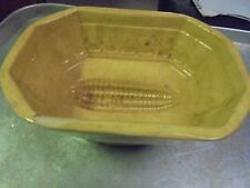 Antique Yellow Ware Mold Corn