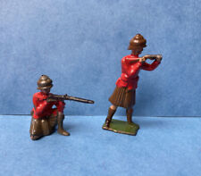 VINTAGE JOHILLCO X2 SCOTTISH HIGHLANDERS LEAD TOY SOLDIERS 1940s JOHN HILL & CO
