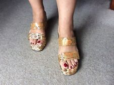 Chinese Print Gold Wedges Uk7