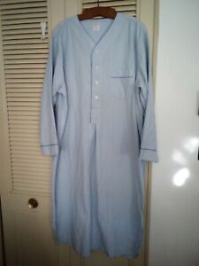Brooks Brothers Blue & White Cotton Pinstriped Seersucker XL Night Shirt EUC