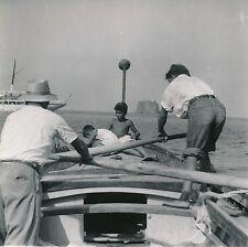 ITALIE c. 1948 - Enfants Bateau  Strombolicchio Îles Éoliennes - DIV 8963