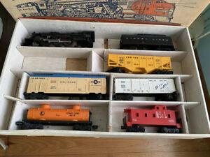 LIONEL TRAIN SET NO. 19332 E5011, O GAUGE, MINUTEMAN CANNON CAR In BOX Rare