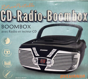 Sylvania SRCD211-BLACK SYLVANIA Retro Portable CD Radio Boombox (Black)
