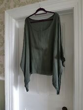 Made In Italy Green Batwing Top, Size - See Description