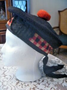 Vintage Black Scottish Wool Bonnet Tam Beret Hat Checkered Band 7 1/8