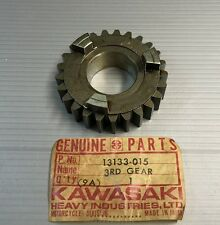 Ingranaggio secondario terza - 3RD GEAR OUTPUT SHAFT - Kawasaki H1  13133-015