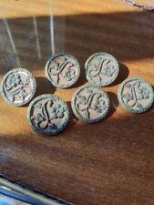 6 Boutons anciens en métal doré mat - décor fleur XIX° - 15 mm