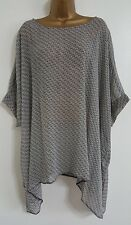 NEW Plus Size16-32 Batwing Sleeve Spotted Print Chiffon Top Blouse Black & White