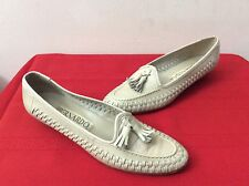 Bernardo Taupe/Beige Leather -Tassle  Slip-On Shoes Women's Size 7 M. ( Box 16)