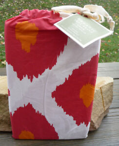 "Pottery Barn IKAT Organic Duvet Cover King/California King Orange Red  108X92"""