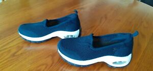 NEW Navy canvas, mesh slip-on shoes size 2.5