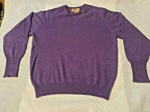 Paul Stuart Men's Purple V Neck Cashmere Sweater Size M   Loc 4