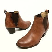 Frye 76303 Jackie Gore Brown Pull-On Leather Heel Ankle Boots Women's 8B Stretch