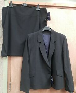NEW ** CHARCOAL** CLASSY LADIES SIZE  24R SUIT JACKET &  PENCIL SKIRT RRP £150+