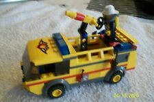 LEGO TOWN. CITY. FIRE 7891. AIRPORT FIRETRUCK. COMPLET