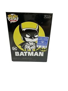 Funko POP & Tee: DC - Batman's 80th Sun Faded - Walmart Exclusive Medium