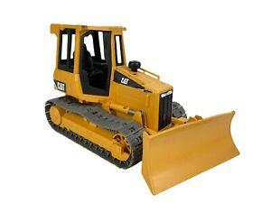Bruder CAT Caterpillar Bulldozer Made in Germany 2005 Tractor Yellow