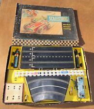 Vintage Tri-ang Scalextric Set No.1 (1958) - Dos coches Ferrari hojalata