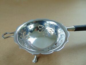 BEAUTIFUL ANTIQUE STERLING SILVER TEA STRAINER LONDON 1920