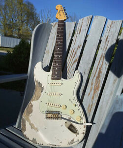 Stratocaster guitar body Custom Arctic White. NGS Relic Guitars