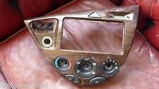 Ford Focus 1 - Mittelkonsole Verkleidung & Schalter 98ABA046A04AEW 98AB18C419AE