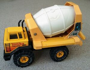 TONKA Turbo Diesel Construction Cement Mixer (Made in USA)  • STEEL