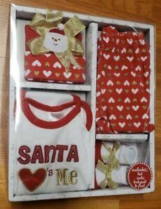 Baby Essentials - Little Helper 4 pc. Layette Set *preowned* Santa Hearts Me