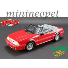 GMP 18904 MARRIED with CHILDREN 1988 FORD MUSTANG 5.0 CONVERTIBLE 1/18 RED