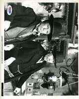 James Coburn Hand Signed Psa Dna Cert 8x10 Photo Autographed Authentic