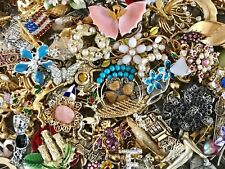 LARGE VINTAGE TO NOW JEWELRY LOT 2+ LBS BROOCHES PINS ESTATE FIND UNTESTED R6