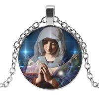 Collier Pendentif Sainte Vierge Marie, Chaine argenté.