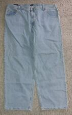 NWT Men's Classic Fit Straight Leg Jeans ~  size 46x32