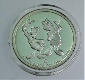 RARE 1988 Disney Donald & Daisy around the World .999 silver coin w/ box & COA