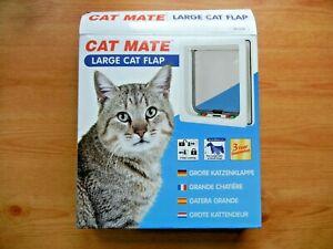 Cat Mate 4-way locking cat flap. Large cat / small dog pet door. Never used